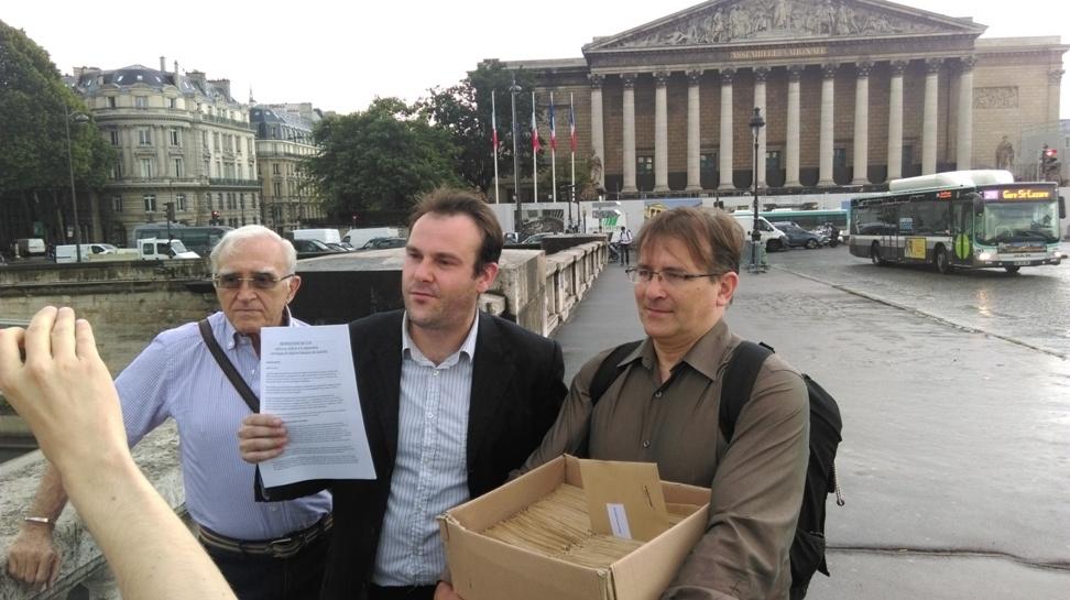 Solidarité et Progrés presenta all'Assemblea Nazionale un kit per la separazione bancaria