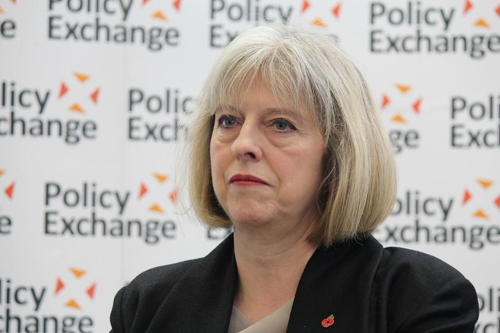 Funzionari britannici ad alto livello denunciano le montature della May